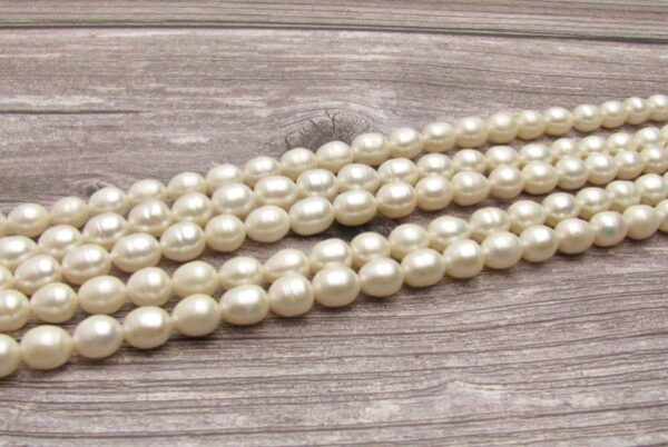 white rice freshwater pearls 8mm
