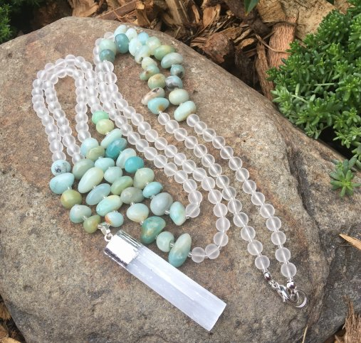 Selenite and amazonite necklace tutorial