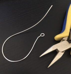 step one lapis lazuli earrings beaded tutorial