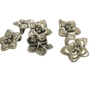 flower charm silver
